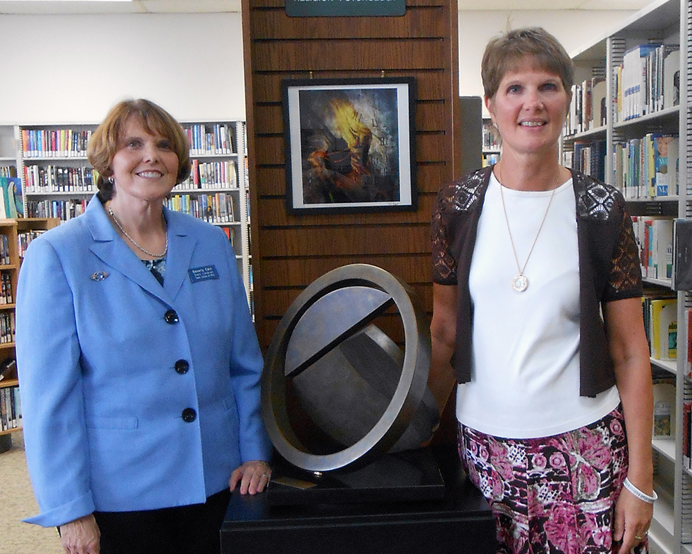 State Librarian Beverly Cain and Jackson City Library Director Laura Thorne
