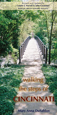 Book cover for Walking the Steps of Cincinnati